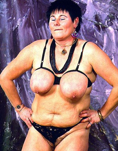 Sperma auf bikini girl